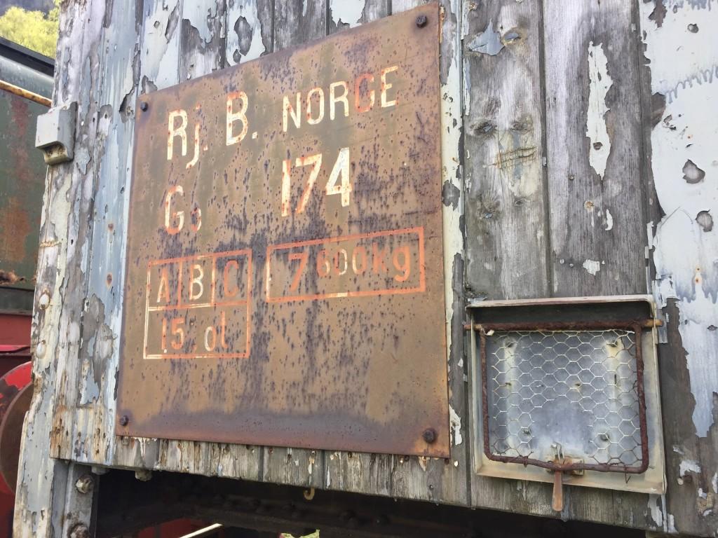 Detaljer fra de gamle togvogne.