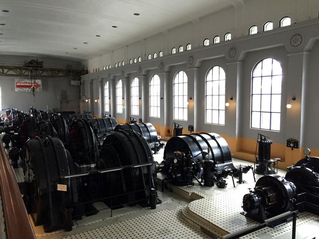 De gamle turbinehaller er der stadig og et besøg værd.