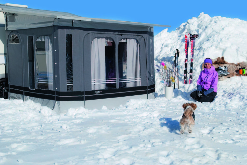Nyd campinglivets glæder året rundt med et StandBy fortelt