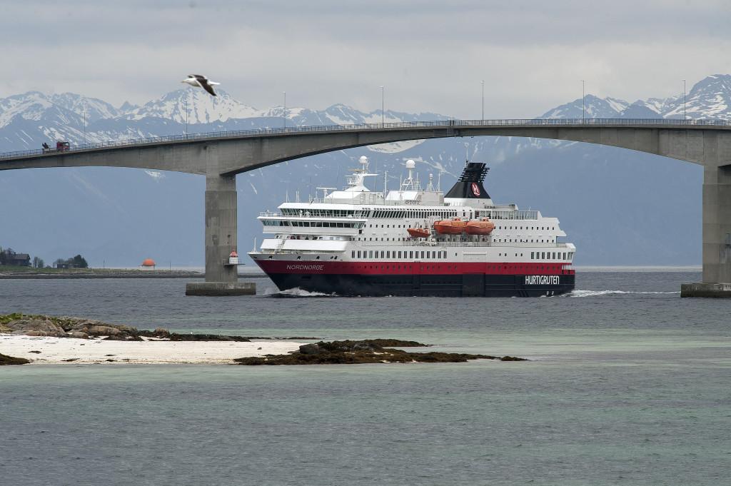 001 Hurtigruten