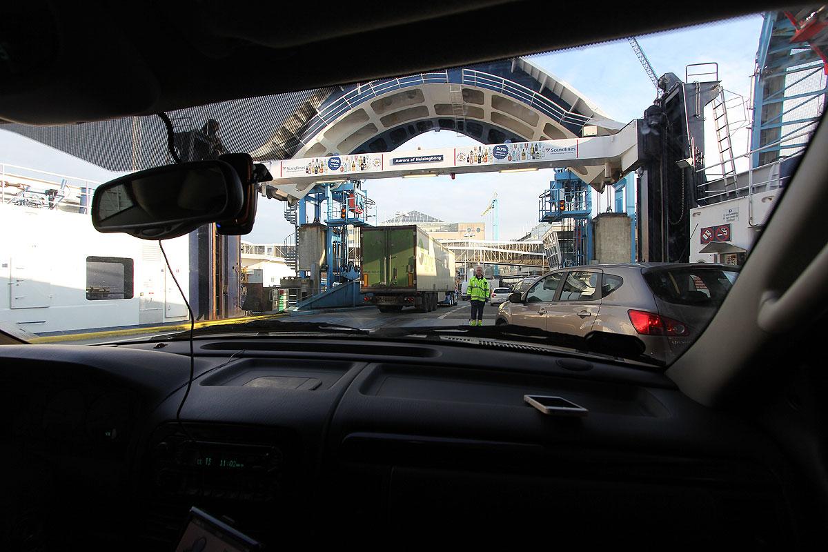 Vi er klar til at køre i land i Helsingborg og sætte kursen mod nord, af E6.