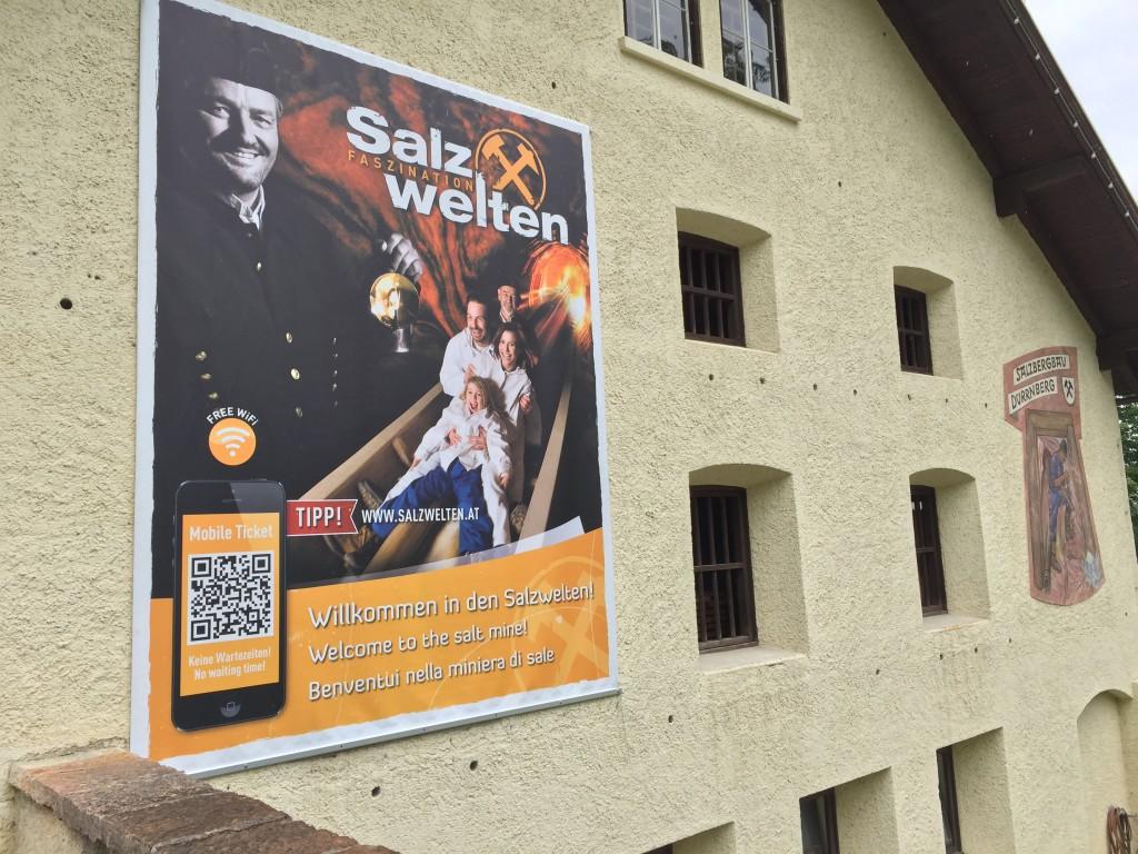 I dag skal vi en tur i en af Østrigs største saltminer, Salz Welten ligger i byen Hallein ca. 32 kilometer fra Salzburg.