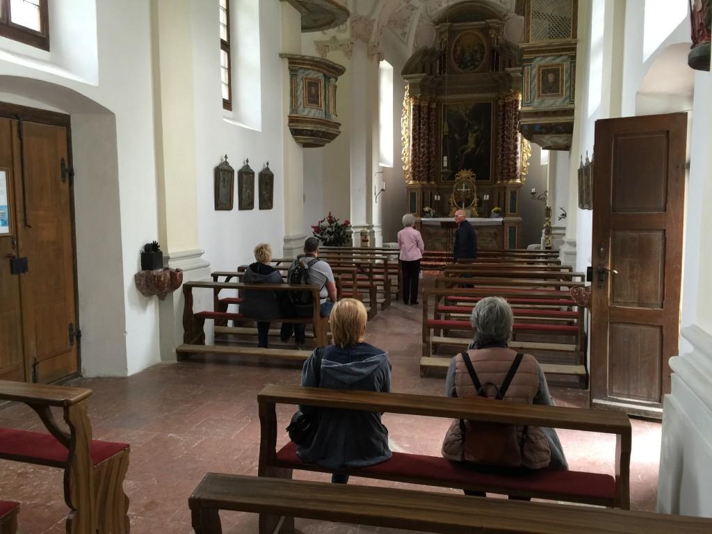 Hvert år gennemføres en pilgrimsmarch den 24. august som starter i Maria Alm i Østrig og går over Berchestesgaden alperne til Königsee. Kirken har et smukt interiør.