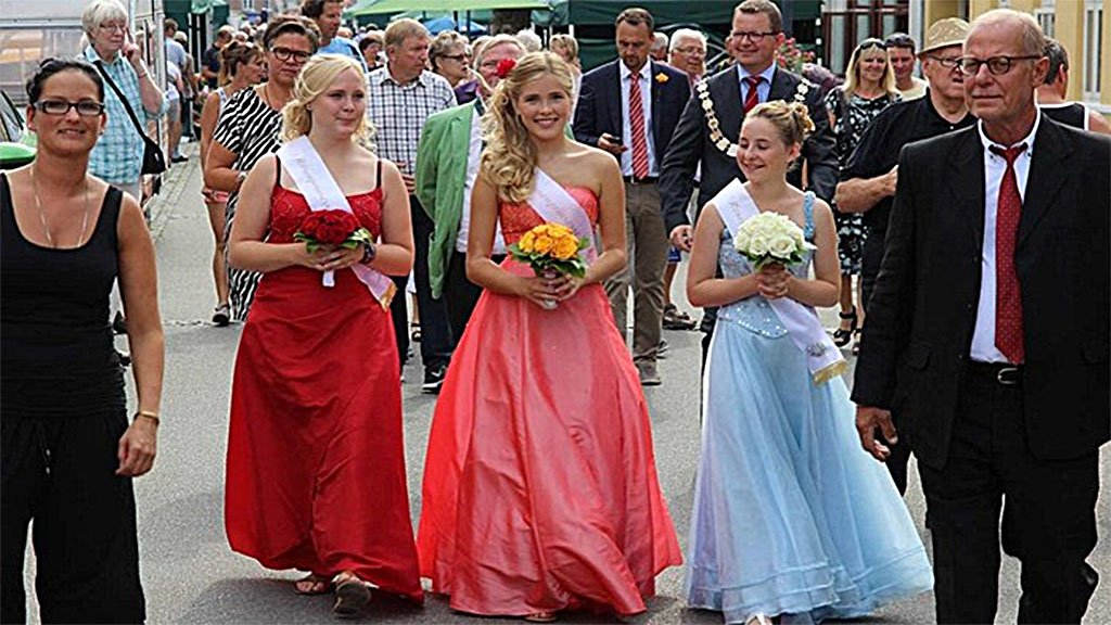 2016-07-5-festivaller-2-Rosenfestival