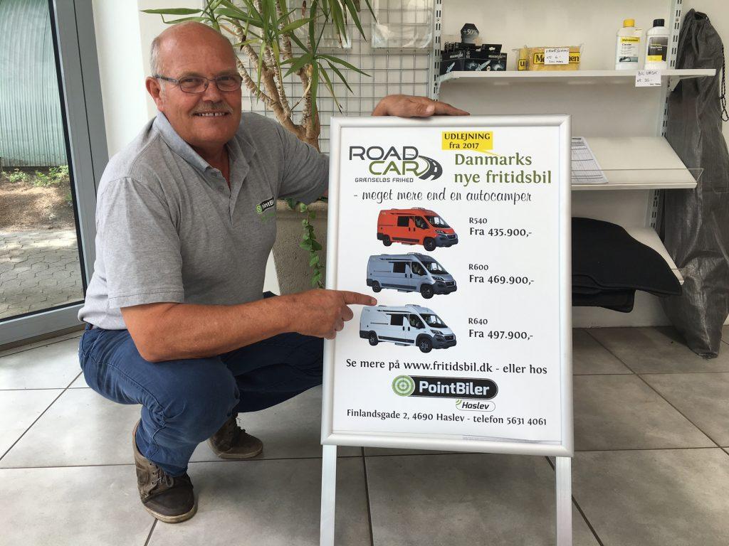 Aksel Nielsen, indehaver af PointBiler i Haslev, der er forhandler af RoadCar, har selv camperet i flere forskellige mærker af de populære fritidsbiler gennem de sidste år. Så han ved hvad han taler om.