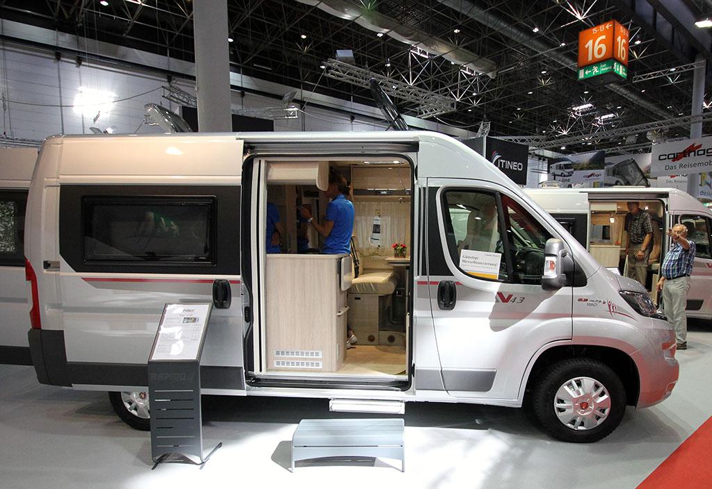 201-02-05-Rapido-Van-V-43