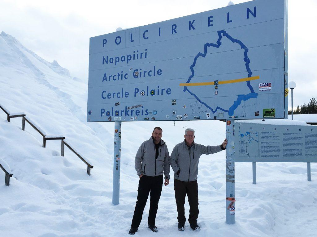 Vi skal også besøge Polarcirklen som vi krydser flere gange i løbet af vores ophold.