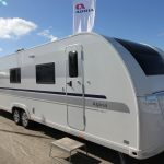 2016 Adria Alpina 903 HT – En treværelsers mobil fritidsbolig