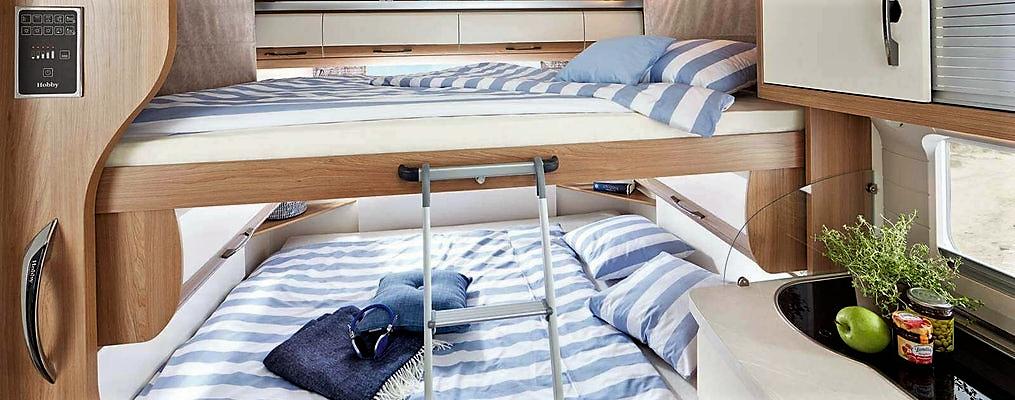 Massivt Ny Hobby med hæve/sænke-seng – Campingferie.dk DD94