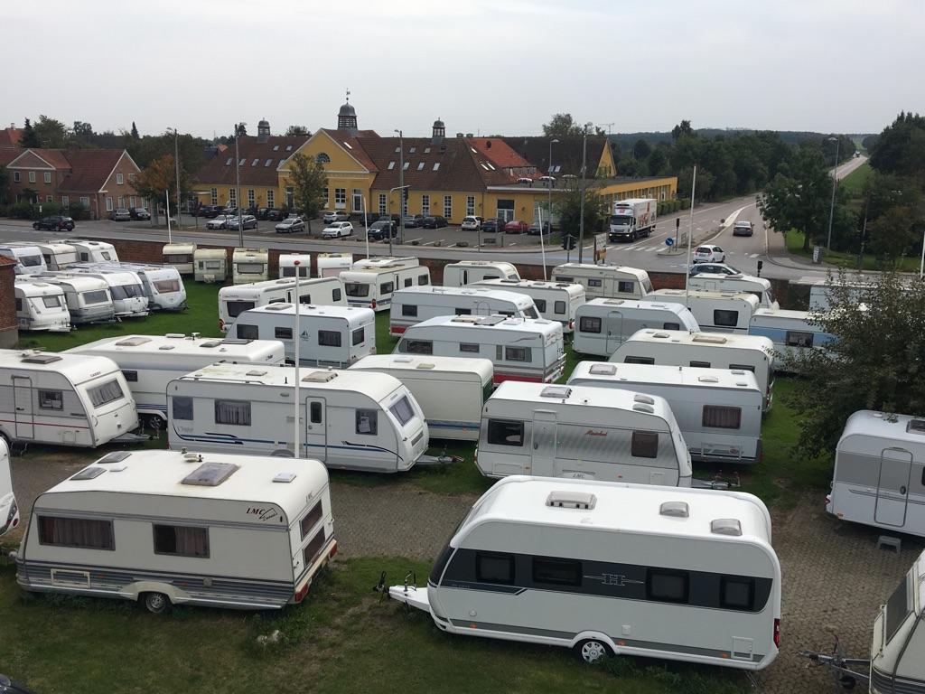 Brugte campingvogne og præmier