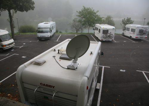 Måske 4 meter mellem vognene på pladser i Norge