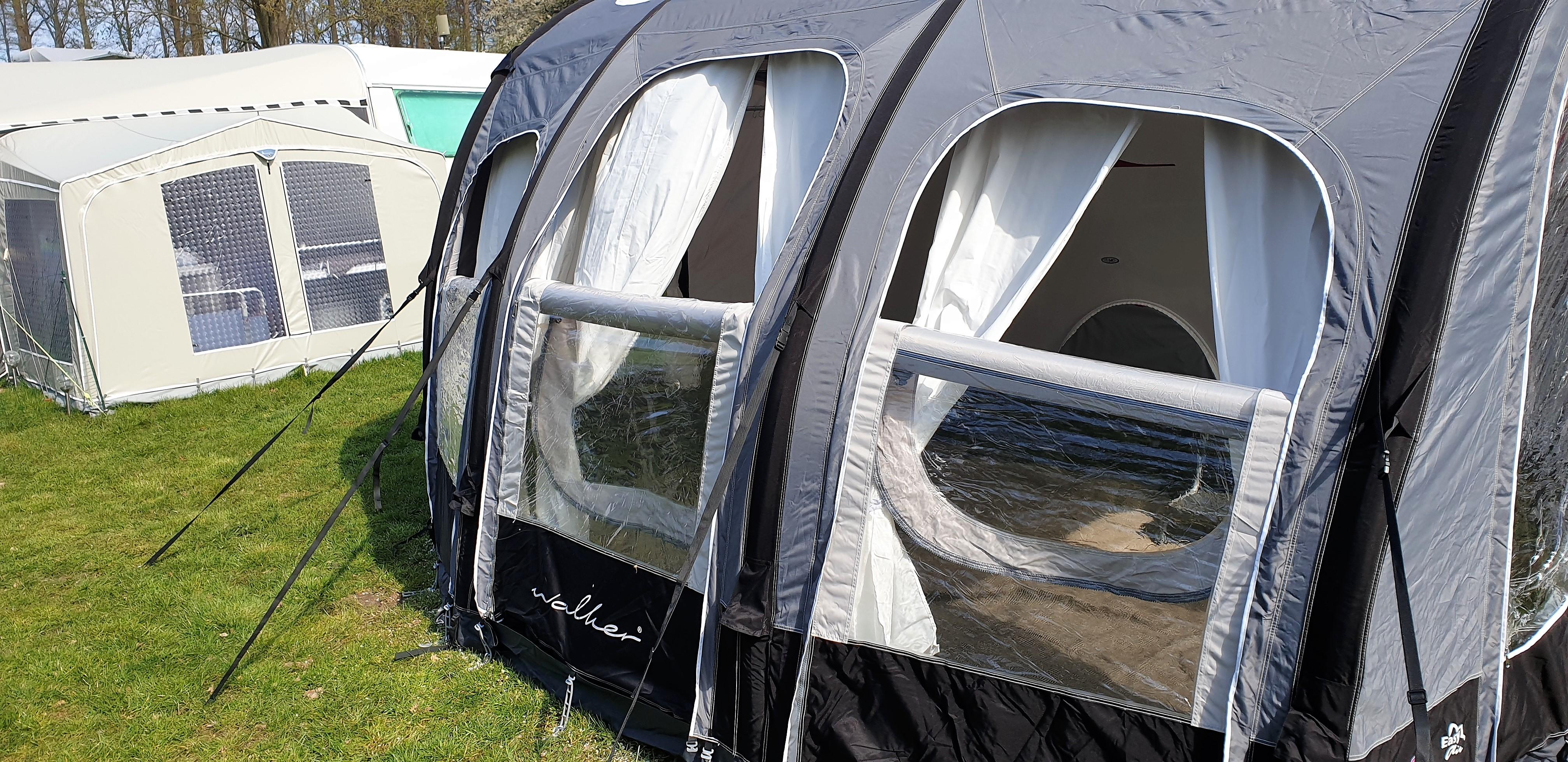 Walker Palace 400 lufttelt fra Sørens Camping i Herning