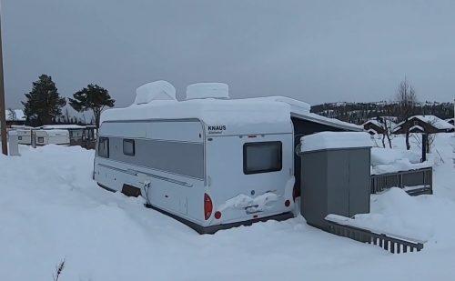 Peer Neslein bruger en bestemt campingplads i Norge når han tester vogne/telte