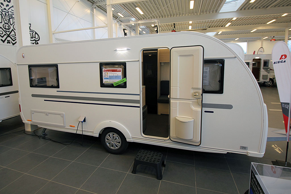 2020 Adria Altea 502 UL – God plads til to på camping (Reklame)