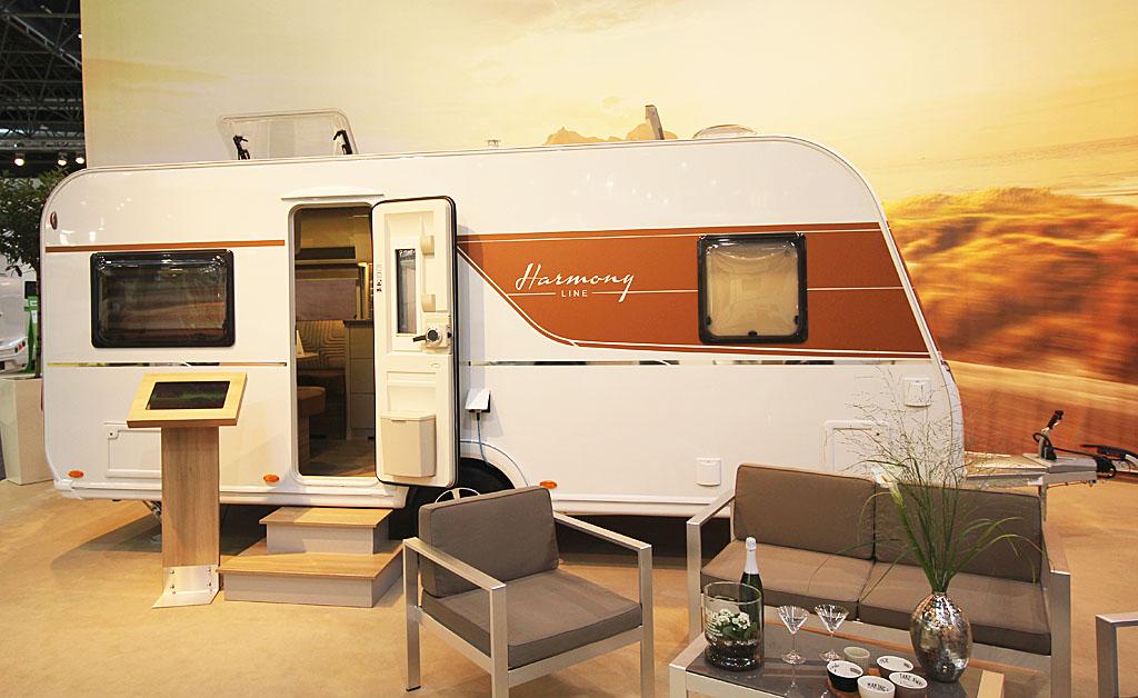 2020 Bürstner Averso Harmony Line 490 TS – Veludstyret, lys og lækker