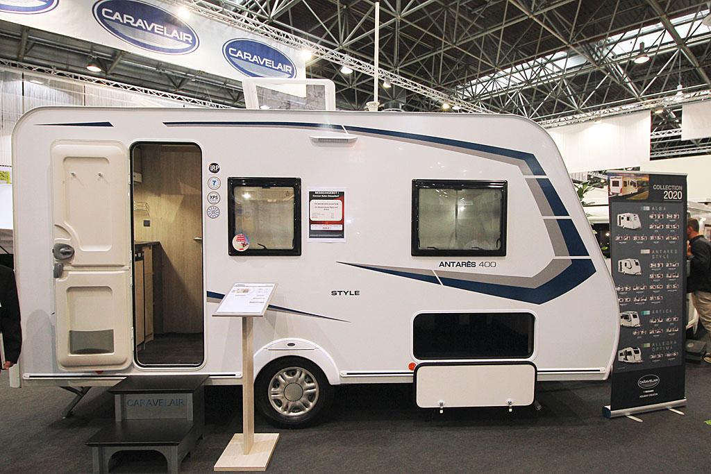 2020 Caravelair Antares Style 400 – Populær rejsevogn for to (Reklame)