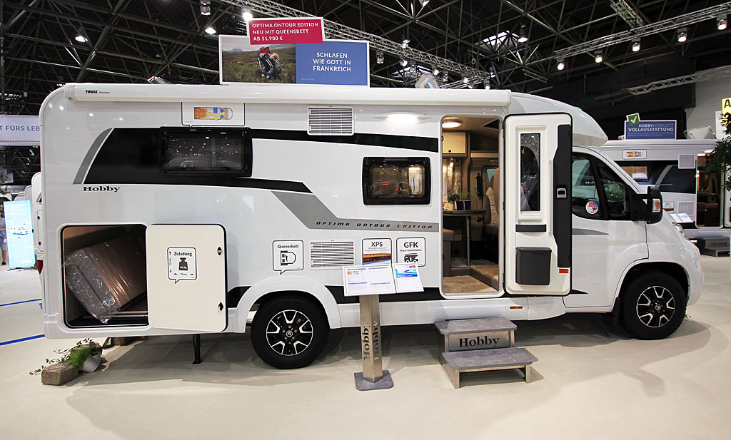 2020 Hobby Optima OnTour Edition V65 GQ – Vellykket rejsevogn for to (Reklame)