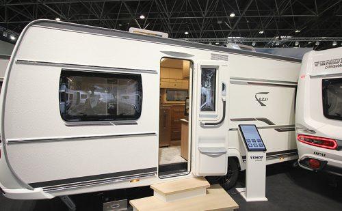 2020 Fendt Opal 560 SFH – Indbygget velvære og masser af plads (Reklame)