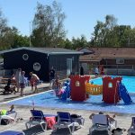 En campingplads midt i en verden af oplevelser – Dronningemølle Strand Camping og feriehuse