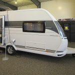 2021 Hobby Excellent 460 SL – Komfortabel egoistvogn i populær størrelse (Reklame)