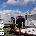 Sådan lægger Isabella montører gulv til Isabella Villa helårsforteltet