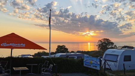 Besøg skønne Gudhjem Camping på Bornholm