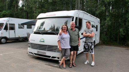 Campingvogn eller autocamper – Hvad er forskellen og hvad er bedst?