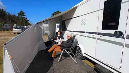 Campingtur med rabat på overnatning og test af 4 solsejl – del 4 + film (Reklame)