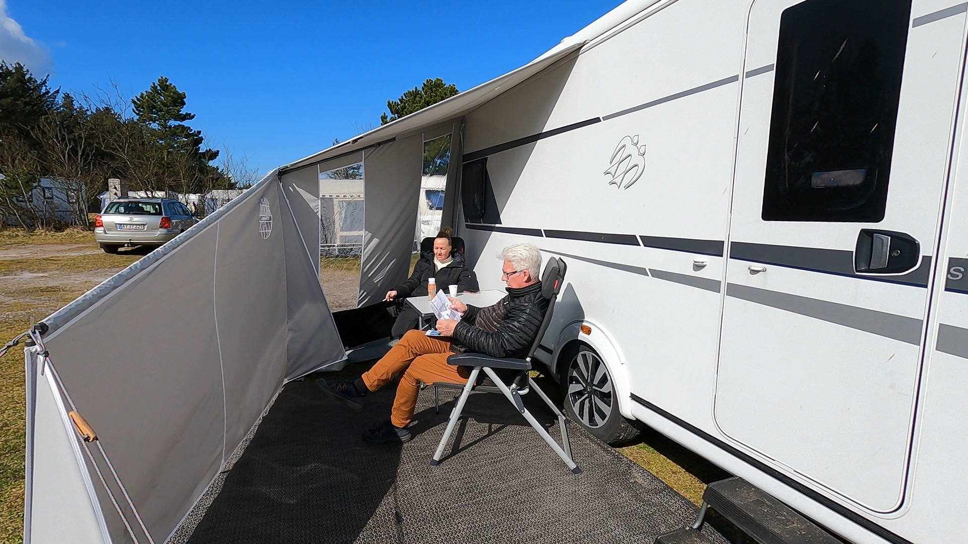 Campingtur med rabat på overnatning og test af 4 solsejl - del 4 + film (Reklame)