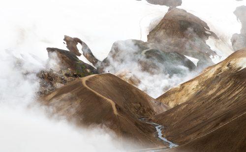 Anja pakker sin camper Hugo og sætter kursen mod  et vulkanudbrud på Island!