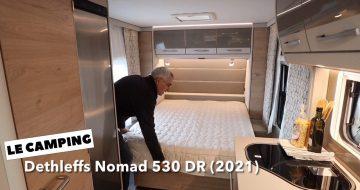 Dethleffs Nomad 530 DR - Søren fra LE Camping fremviser vognen