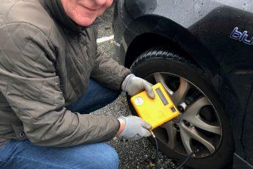Pump dit dæk op på landevejen